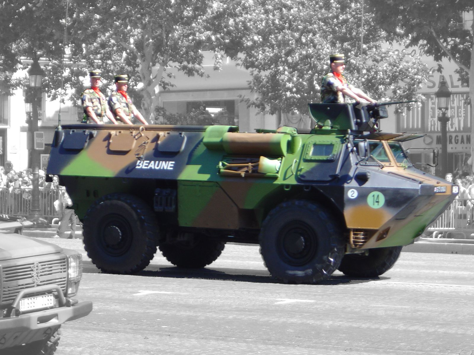 VAB_armoured_personnel_carrier_DSC00846-