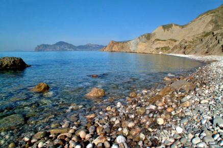 Галька на крымском берегу